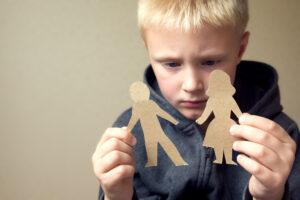 child sad for divorce