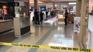 robbing jewelry store